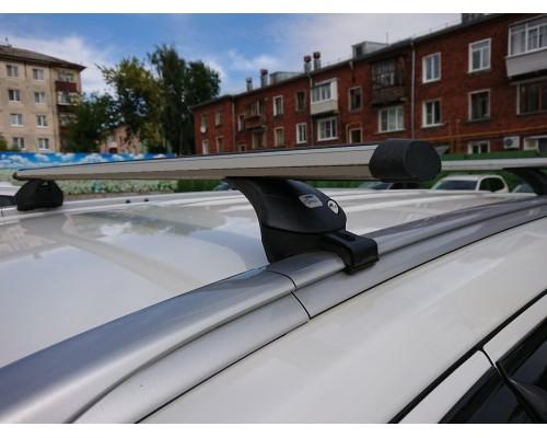 Багажник Amos Boss аэро на интегрированные рейлинги