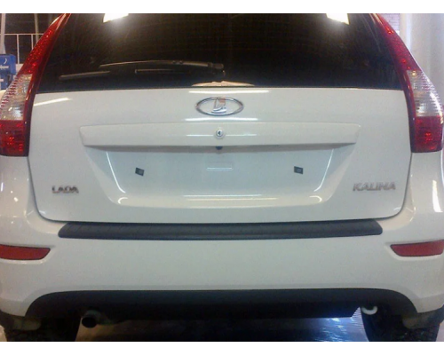 Накладка на задний бампер Yuago АртФорм для Lada Kalina 2 хэтчбек 2013-
