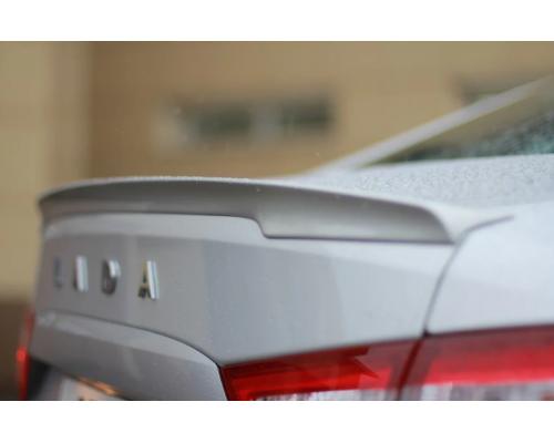 Спойлер (в цвет автомобиля) Yuago АртФорм для Lada Vesta седан/ Vesta Cross седан