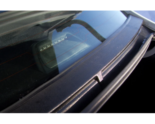 Накладка в проём заднего стекла (Жабо без скотча) Yuago АртФорм для Lada Vesta седан/ Vesta Cross седан