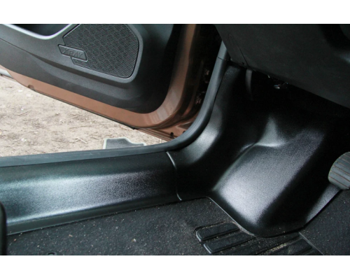 Накладки на ковролин передние Yuago АртФорм для Lada Xray