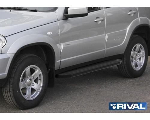 "Пороги алюминиевые Rival ""Premium-Black"" для Chevrolet Niva"