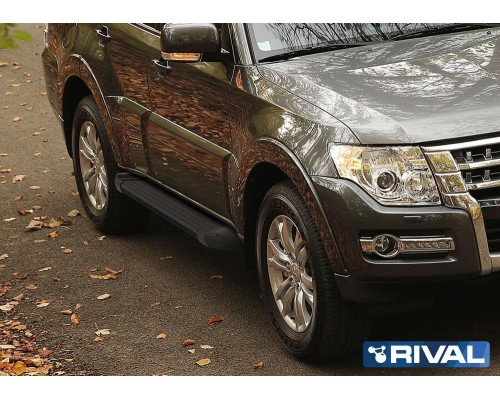 "Пороги алюминиевые Rival ""Black"" для Mitsubishi Pajero IV 2006-"