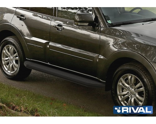 "Пороги алюминиевые Rival ""Premium-Black"" для Mitsubishi Pajero IV 2006-"