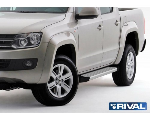 "Пороги алюминиевые Rival ""Silver"" для Volkswagen Amarok 2010-2016"