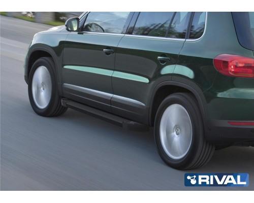 """Пороги алюминиевые Rival """"Black"""" для Volkswagen Tiguan 2007-2017"""