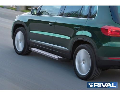 """Пороги алюминиевые Rival """"Silver"""" для Volkswagen Tiguan 2007-2017"""