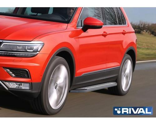 "Пороги алюминиевые Rival ""Premium-Bmw-Style"" для Volkswagen Tiguan 2017-"