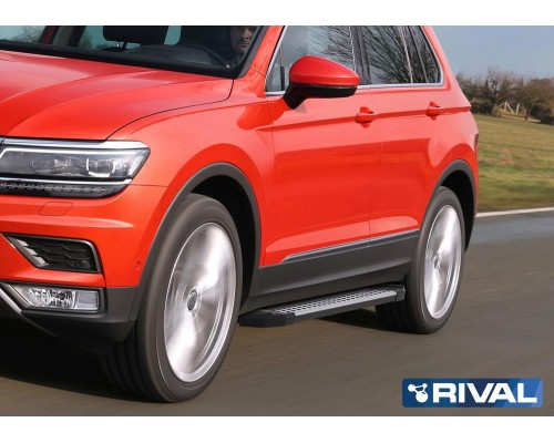 "Пороги алюминиевые Rival ""Bmw-Style"" для Volkswagen Tiguan 2017-"