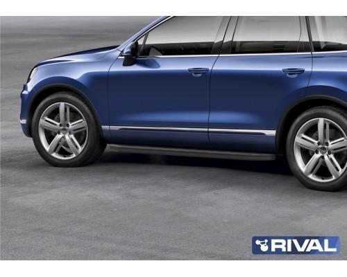 "Пороги алюминиевые Rival ""Premium-Black"" для Volkswagen Touareg R-Line 2015-2018"